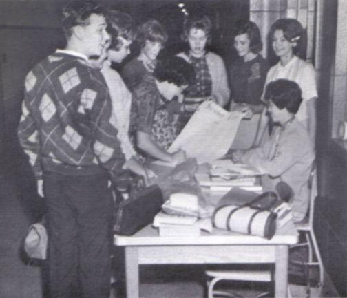 "The Edge Danbury >> WWHS Alumni ""1964 Class Roster"" Page 2"